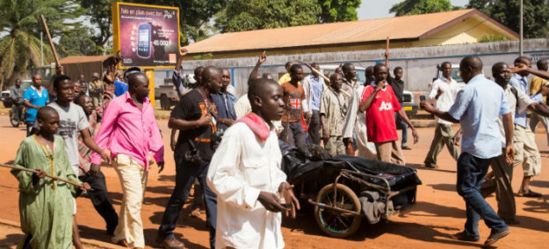 Manifestações em Bangui, República Centro-Africana. Foto: ONU/Nektarios Markogiannis