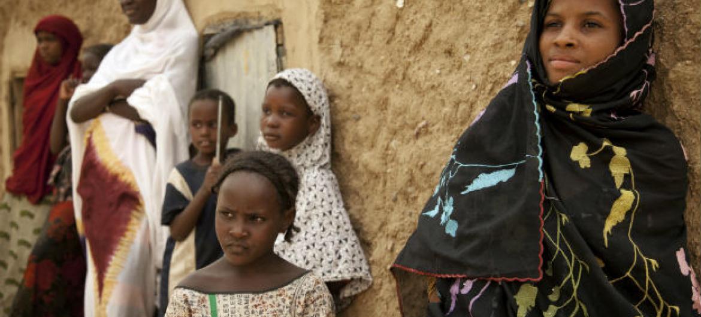 O fluxo para o Níger não foi interrompido desde a assinatura do Acordo de Argel para a paz no Mali.Foto: ONU/Marco Dormino
