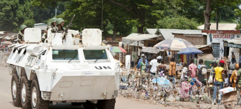 Elmentos da Missão das Nações Unidas na República Centro-Africana, Minusca, na cidade de Bambari.Foto: ONU/Catianne Tijerina