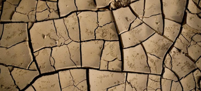 Terra seca no norte da Etiópia. Foto: Siegfried Modola/Irin