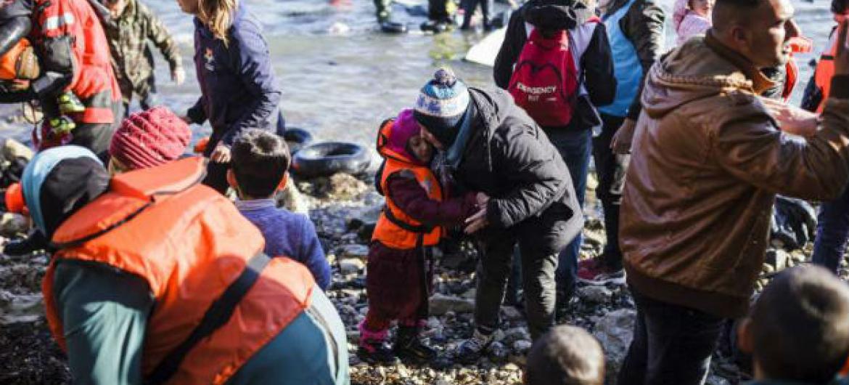 Em 2015 mais de 1 milhão de pessoas atravessaram o mar em busca de uma vida melhor. Foto: Acnur/A. Zavallis