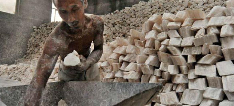 A OIT calcula que no mundo, 21 milhões de pessoas são submetidas ao trabalho forçado.Foto: OIT