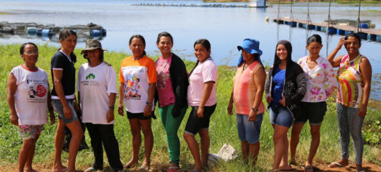 Grupo de piscicultoras da associação de São Sebastião do Sítio Umburanas. Foto: Banco Mundial