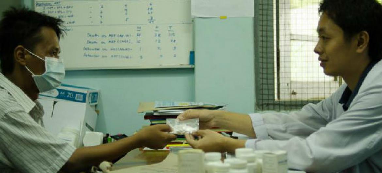 A cobertura universal de saúde é especialmente importante para o fim de epidemias como HIV, tuberculose e malária.Foto: Unaids