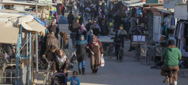 Zona comercial do acampamento de refugiados em Za'atari, na Jordânia. Foto: Acnur/J. Matas