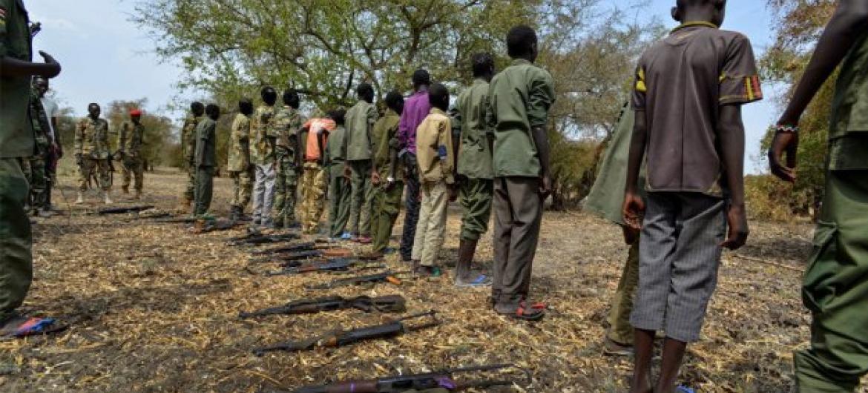 Crianças soldado no Sudão do Sul. Foto: Unicef/Rich