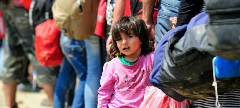 Criança refugiada na Grécia. Foto: Unicef