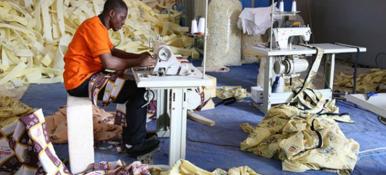 Relatório da OIT, mostra que o desemprego global atingiu 197,1 milhões no ano passado. Foto: Banco Mundial/Dominic Chavez