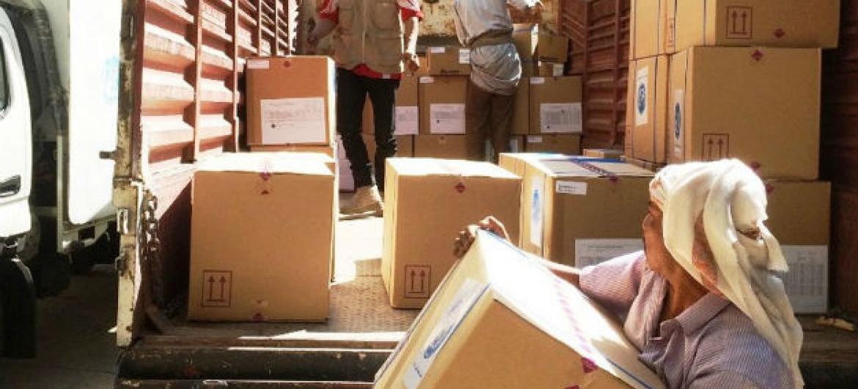 Distribuição de ajuda humanitária no Iémen. Foto: OMS Iémen