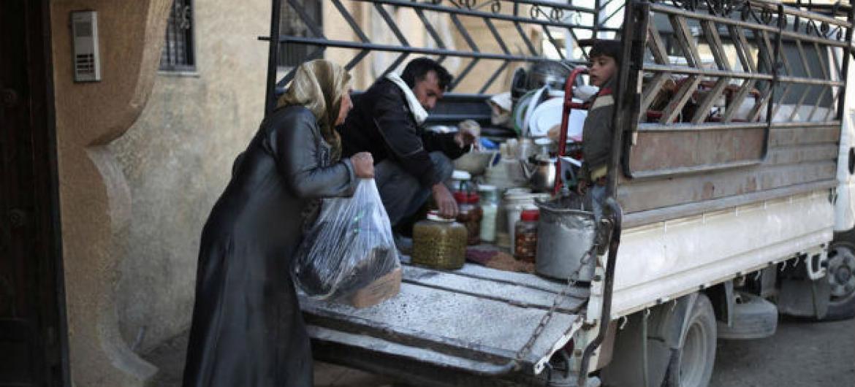 Segundo o Ocha, a situação humanitária está piorando em Madamiyet Elsham devido ao aumento das restrições de acesso a alimentos e serviços de saúde.Foto: FAO (arquivo)