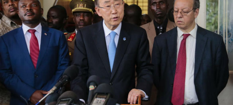 Ban Ki-moon fala com a imprensa em Bujumbura. Foto: UNIC Bujumbura