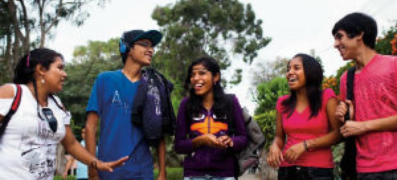 Jovens no Peru. Foto: Unfpa/Leslie Searles