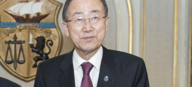 Ban Ki-moon na Tunísia. Foto: ONU/Mark Garten