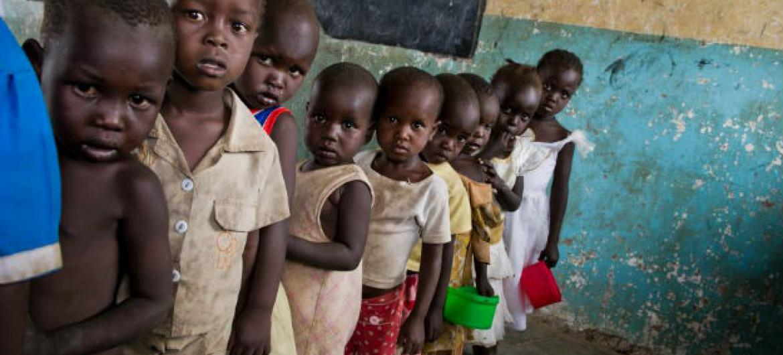Segundo a Pesquisa Nacional de Nutrição, quase 35% das crianças tanzanianas com menos de cinco anos de idade sofrem de nanismo devido à insegurança alimentar.Foto: PMA