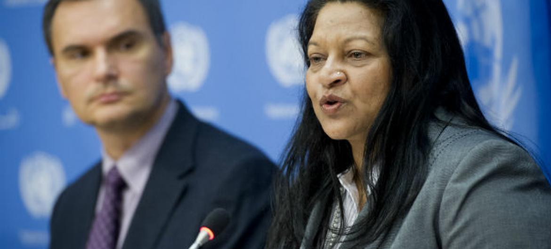 Sheila B. Keetharuth (direita) relatora especial sobre direitos humanos na Eritreia. Foto: ONU/Amanda Voisard
