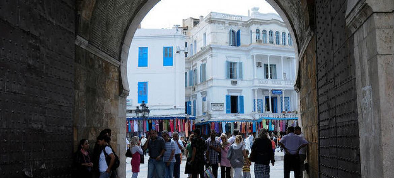 Entrada para uma medina na Tunísia. Foto: Banco Mundial/Dana Smillie