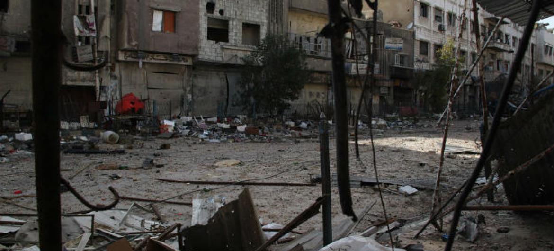 Refugiados palestinos vivem em áreas de conflito na Síria, como em Yarmouk. Foto: UNRWA/Taghrid Mohammed