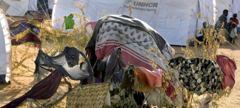 Ban Ki-moon sublinhou décadas de hospitalidade para muitos candidatos a asilo e refugiados. Foto: Acnur/E.Hockstein.
