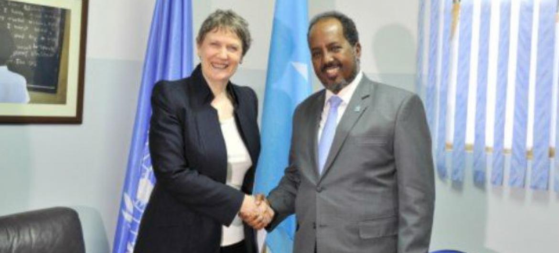 Helen Clark com o presidente Hassan Sheikh Mohamud. Foto: Pnud