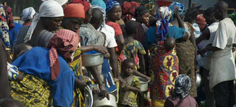 Refugiados no Uganda. Foto: Acnur/L.Beck