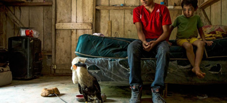 Milhares de crianças desacompanhadas arriscam suas vidas para fugir da violência de gangues e da pobreza na América Central.Foto: Unicef/Adriana Zehbrauskas
