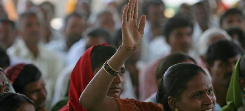 A pesquisa encontrou 27 intervenções em todo o mundo que diminuiram a violência contra mulheres e meninas. Foto: Banco Mundial