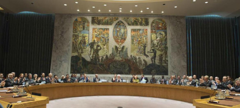Conselho de Segurança da ONU aplaude a nomeação de António Guterres, para o cargo de novo secretário-geral das Nações Unidas. Foto: ONU/Eskinder Debebe