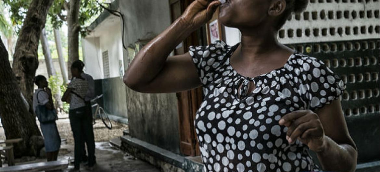 A nova estratégia de combate ao cólera no Haiti dependerá da ajuda financeira dos países-membros da ONU e da comunidade internacional. Foto: Minustah/Logan Abassi