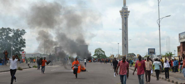 Manifestações em Kinshasa, República Democrática do Congo. Foto: Irin/Habibou Bangre