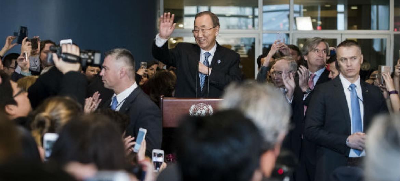 Ban Ki-moon durante a despedida com funcionários da ONU. Foto: ONU/Amanda Voisard