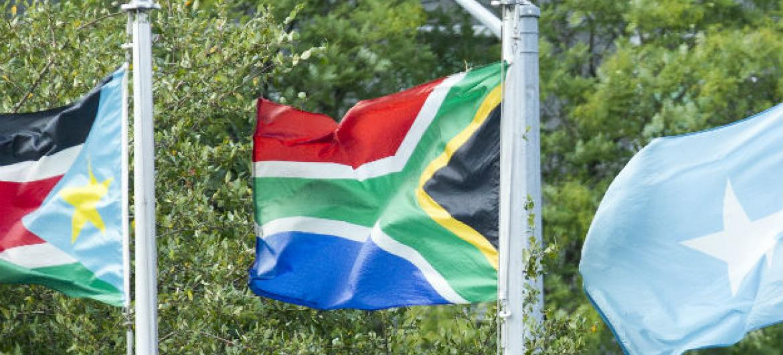 Bandeira da África do Sul. Foto: ONU/Loey Felipe