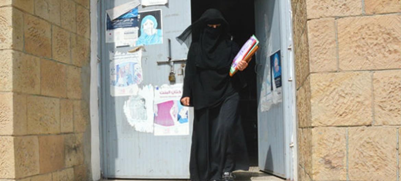 Com 55 anos, Shukria está na universidade. Foto: © UNFPA