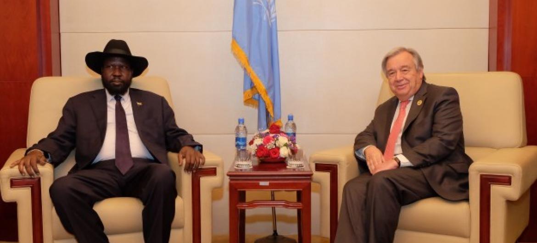 Secretário-geral da ONU, António Guterres, reúne-se com presidente do Sudão do Sul, Salva Kiir, em Adis Abeba. Foto: Antonio Fiorente.