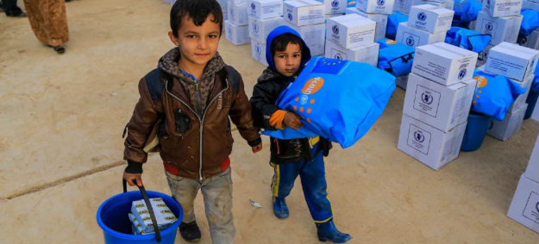 Durante os últimos 100 dias, agências humanitárias conseguiram entregar comida para 600 mil iraquianos. Foto: Unicef/Khuzaie