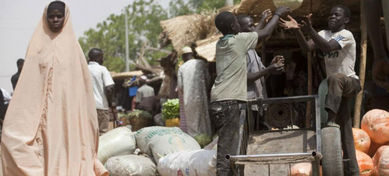 O crescimento da população urbana vai ser especialmente visível em África, onde a maioria da população crescente do continente vai viver nas cidades em 2030. Foto: FAO