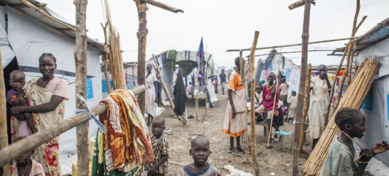 Condições das moradias no Acampamento da ONU para a Proteção de Civis em Malakal, no Sudão do Sul. Foto: OIM/Bannon