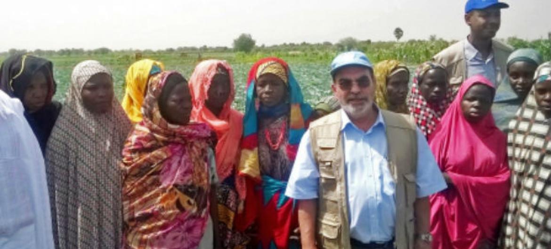 José Graziano da Silva em visita à Nigéria. Foto: FAO