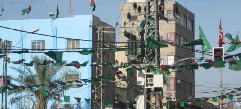 Linhas de transmissão de eletricidade na cidade de Gaza. Foto: Banco Mundial/ Natalia Cieslik (arquivo)