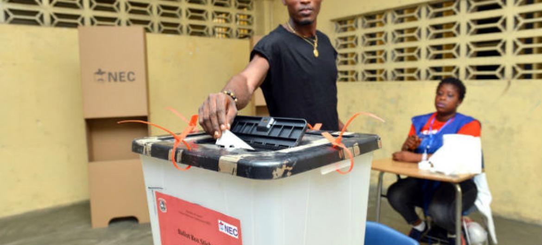 Eleições na Libéria. Foto: Unmil/Shpend Berbatovci