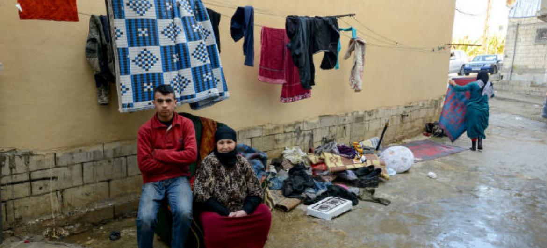 Refugiados sírios em um abrigo no Líbano. Foto: Acnur/Sebastian Rich