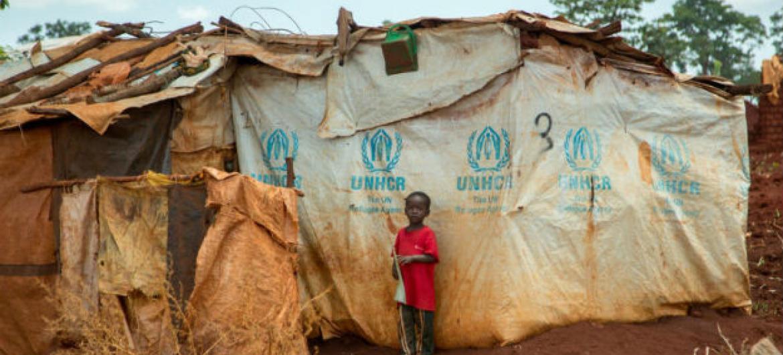 Criança congolesa refugiada na Tanzânia. Foto: © UNHCR/Georgina Goodwin