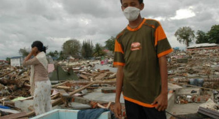 Destruição causada pelo tsunami em Aceh (imagem de 2004). Foto: Irin/Jefri Aries