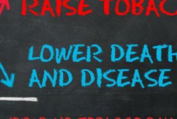 Impostos sobre o tabaco. Imagem: OMS