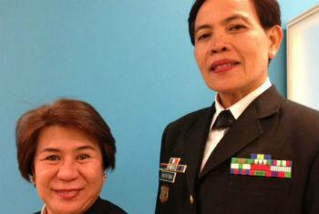Comandante Camacho (à esq.) e sargento Matutina. Foto: Rádio ONU