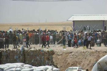 Iraquianos fogem da violência em Mossul rumo ao Curdistão. Foto: Acnur/I. Colijn