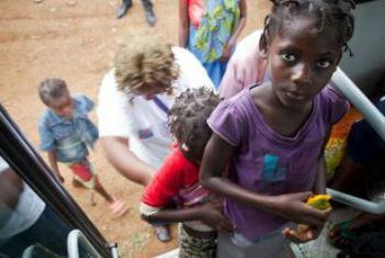 Refugiados em Angola. Foto: Acnur/G.Dubourthoumieu