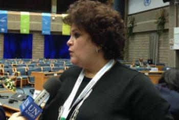 A Rádio ONU entrevista a ministra Izabella Teixeira, em Nairóbi. Foto: ONU