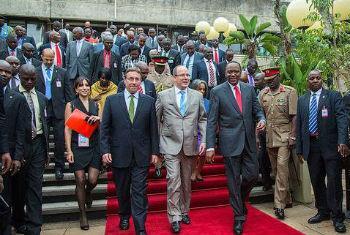 Achim Steiner, Príncipe Albert II e Uhuru Kenyatta