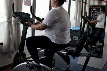 Obesidade é um fator de risco para vários problemas de saúde, incluindo diabetes, doenças do coração, derrame e alguns tipos de câncer. Foto: OMS/Giulio di Sturco