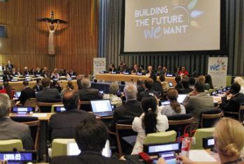 Reunião de alto nível no Ecosoc reúne representantes de governos, ONGs e sociedade civíl na sede da ONU. Foto: ONU/Paulo Filgueiras